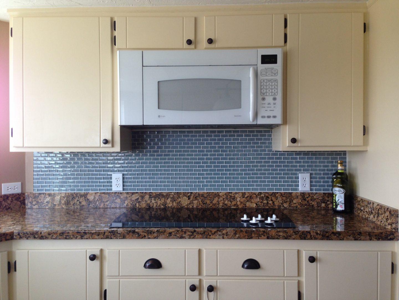 Azulejos para una cocina retro im genes y fotos - Azulejos decorativos para salones ...
