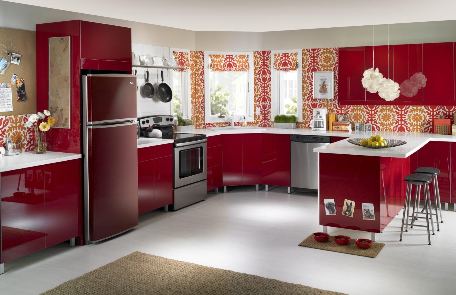 Electrodom sticos para una cocina roja im genes y fotos - Electrodomesticos para cocinas pequenas ...