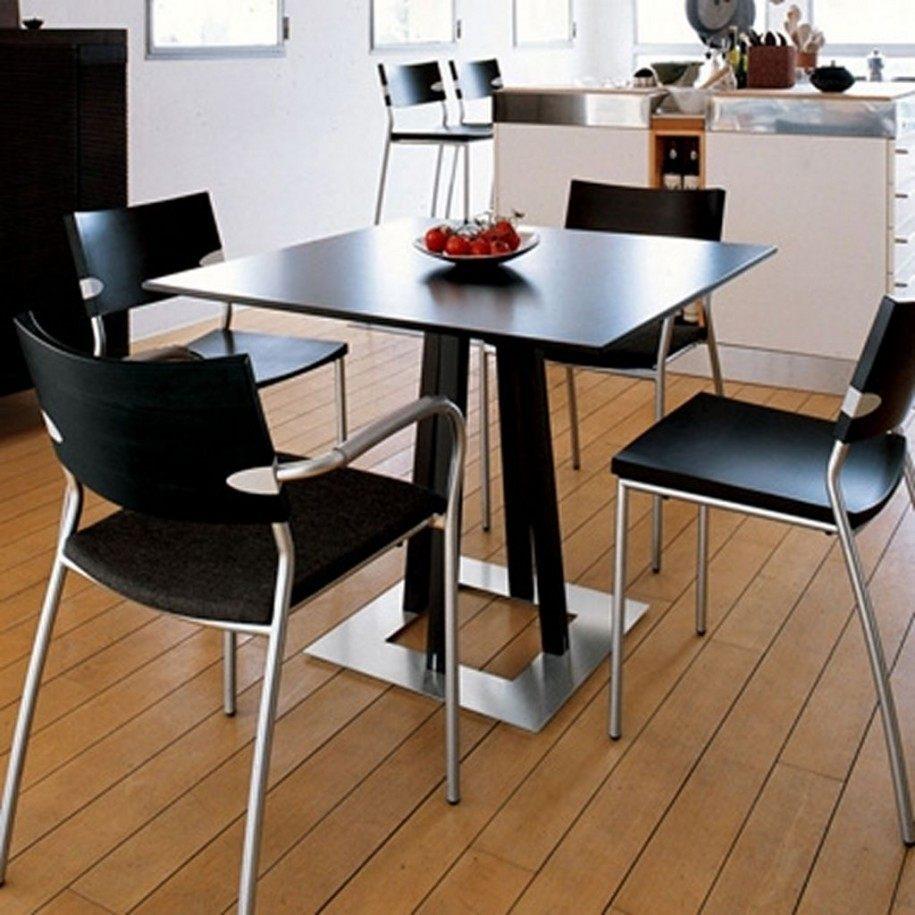 Mesa cuadrada de cocina im genes y fotos - Mesa de cocina pequena ...