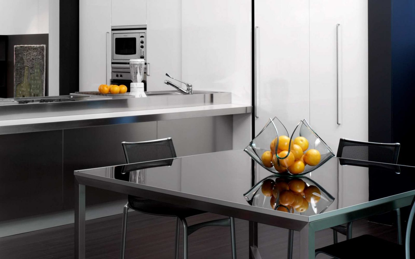 Mesa de cocina de cristal im genes y fotos - Mesas de cocinas ...