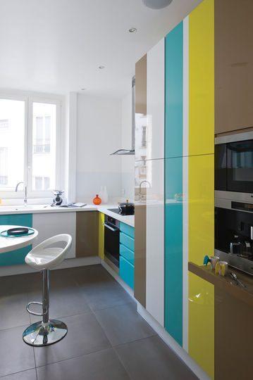 Muebles de cocina de colores im genes y fotos - Colores para muebles de cocina ...