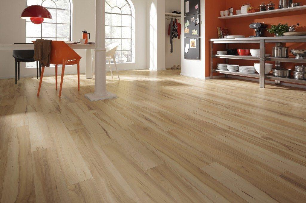 Galer a de im genes suelos laminados para la cocina - Tipos de suelos de madera ...